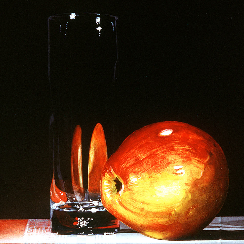 A Jonagold Apple next to a Fragile Glass, Oil on panel, 25x20 cm